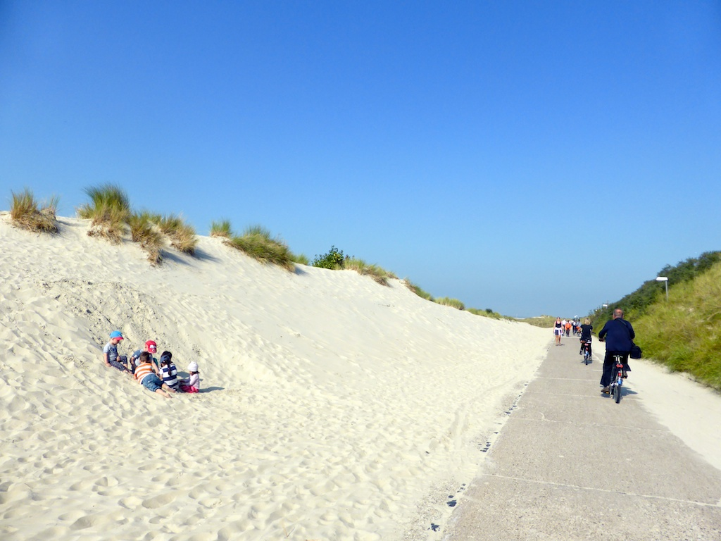 Duene_Kinder_Radler_Borkum_2014_09_18_Foto_Backert (1)